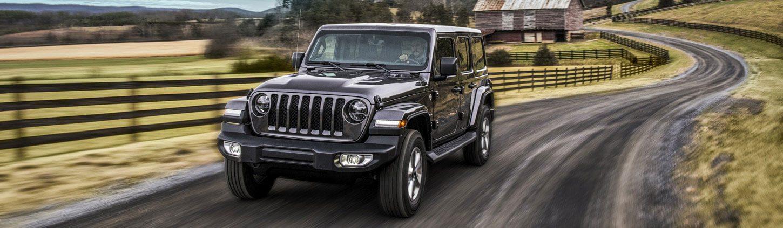 /content/dam/jeep/crossmarket/model/wrangler-JL/overview/mobile/exterior-pillar-1.jpg